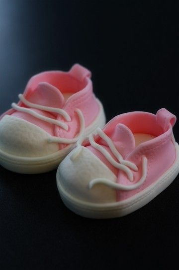Fondant baby shoes for cupcakes/cakes