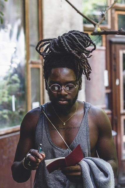 Love how he's got his dreds up