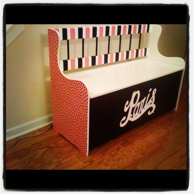 I painted this toy box for my daughter: My Daughter, Toy Boxes