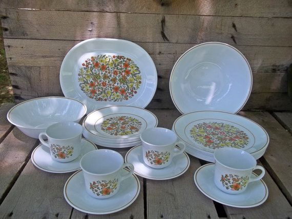 27 piece set Corelle Dinnerware in Indian Summer by RedRoverRetro $40.00 & 8 best CORELLE DISHES images on Pinterest | Corelle dishes Corelle ...