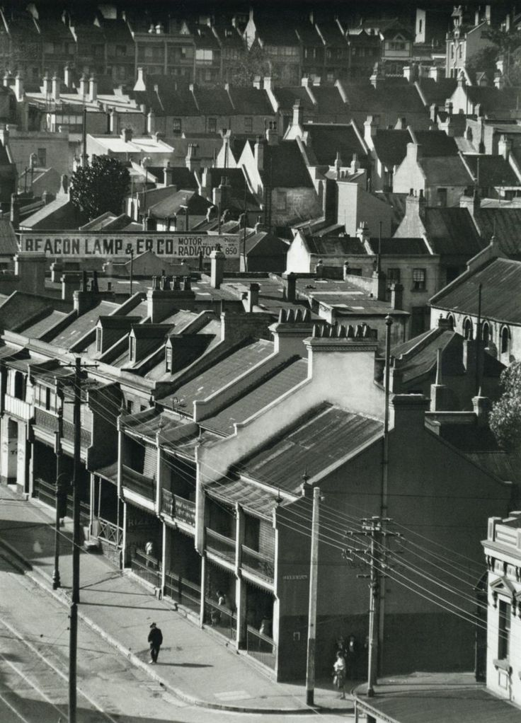 E.O. Hoppé, Over the rooftops, Stanley Street, Sydney, 1930. From E.O. Hoppé's Australia.