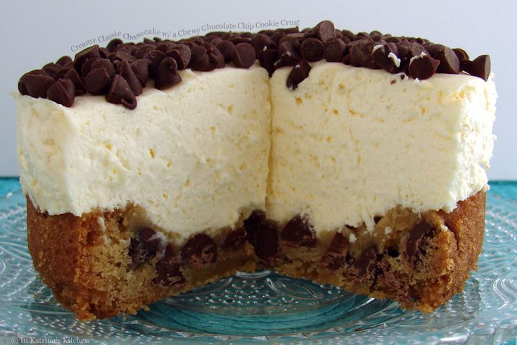 Creamy Classic Cheesecake with a Chewy Chocolate Chip Cookie Crust. >> Delicious!