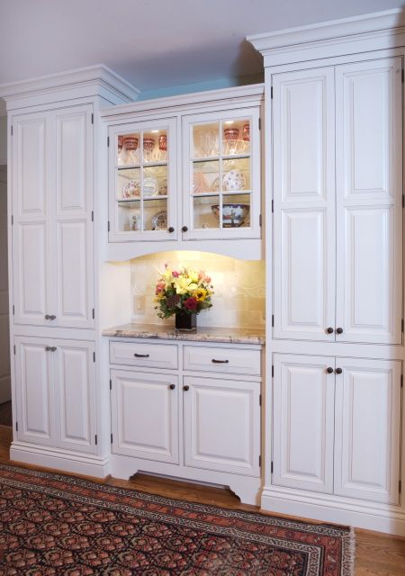 narrow wall cabinets used on entire wall of full