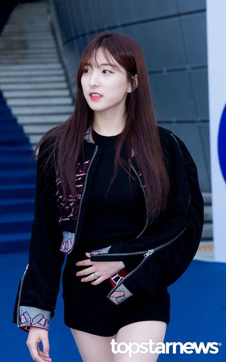 WJSN ♡ Eunseo 은서 (Son Juyeon 손주연) at Seoul Fashion Week 161020 #우주소녀 #SFW