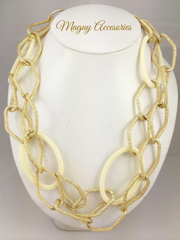 Collar chains  Precio Pùblico $219 Código 1768 Incluye aretes www.margori.com