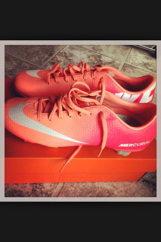 I'm gonna love this site! How cute are these Cheap Shoes ? them! wow, it is so cool. Nike shoes.only $27