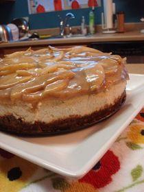 Cinnamon Cheesecake with Saucy Pears