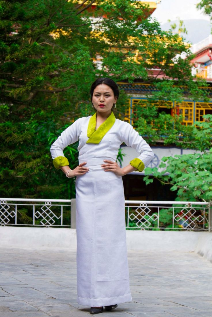 17 Best images about Tibetan traditional dress on ...