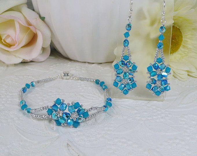 Tessuto Bracciale e orecchini in Swarovski ABx2 opale blu e blu cristallo