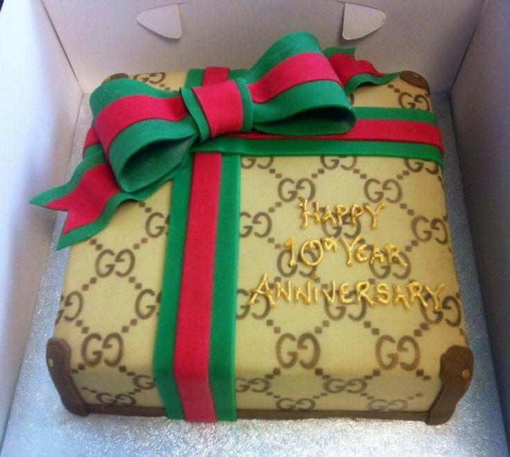 Gucci cake                                                                                                                                                                                 More