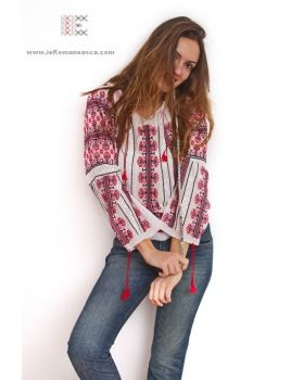 Hand embroidered Bohemian top - Romanian blouse - boho chic - worldwide shipping #vyshyvanka #romanianblouse #ia #ieromaneasca #bohostyle #bohemian #fashion #embroidery #handmade