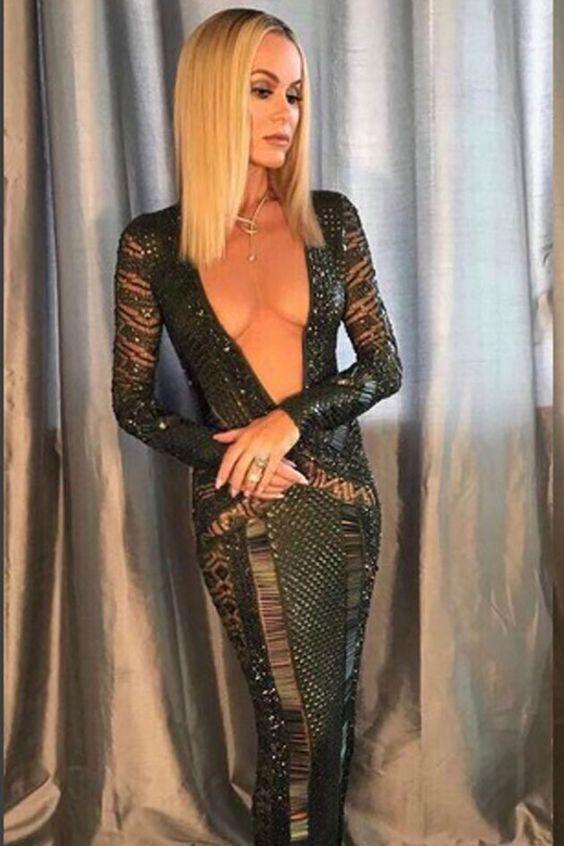 """Amanda Holden's BGT dress sparks more Ofcom complaints than Corrie """"Amanda Holden's BGT dress sparks more Ofcom complaints than Corrie"""" Amanda Holden's BGT dress sparks more Ofcom complaints than Corrie http://jogwag.com/?p=4847"""