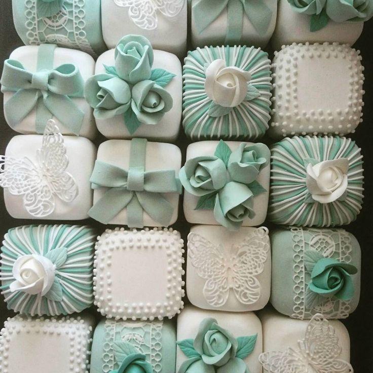 クレイで作るミニケーキ 繊細な見た目ながら扱いやすい ディスプレイにぴったりです  WeddingFactory