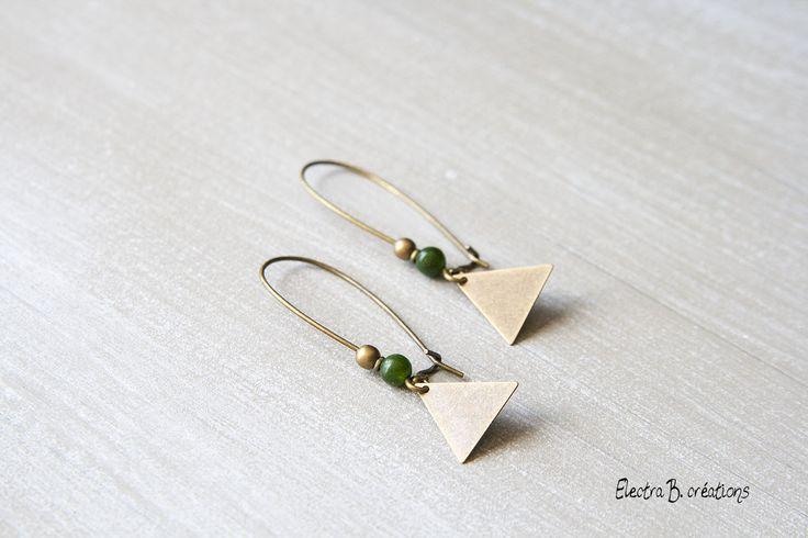 Boucles d'oreilles triangles graphiques kaki et bronze : Boucles d'oreille par electra