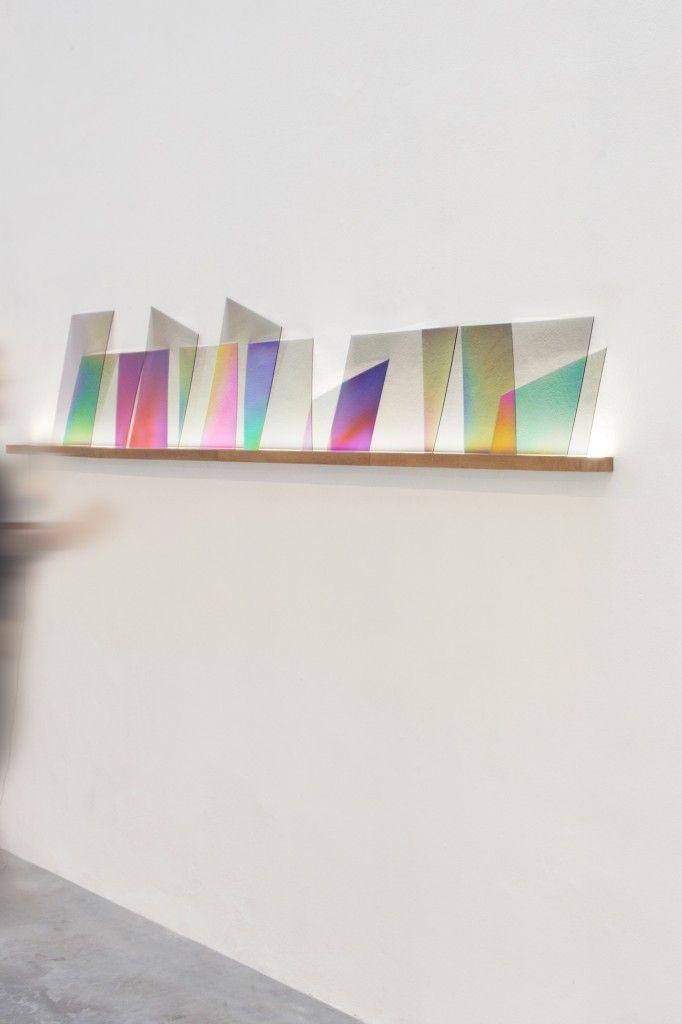 dutch invertuals iriseren glass shelf showcase