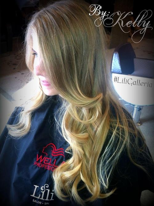 Looking for that subtle, beautiful ombre hair? I think Kelly created just that at #LiliGalleria :)