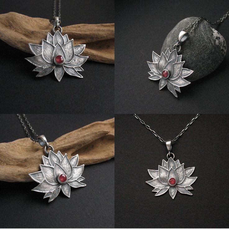 Lotus Flower III - Kwiat Lotosu - wisior
