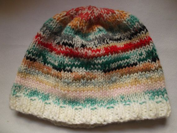 Grosse traction sur chapeau  multicolore  unique en par PolsKnits