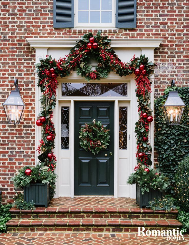 Best 25 colonial front door ideas on pinterest white for Exterior home christmas decorations