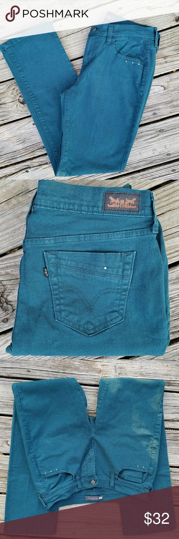 """Levis 505 Straight Leg Jeans Levis 505 Jeans Size 8 Straight Leg Beaded front and Back Pockets Waist 29"""" Length 32 Like New Condition Levi's Jeans Boot Cut"""