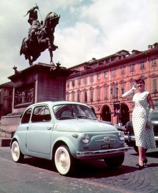 Torino: Fiat 500 in piazza San Carlo a Torino >> Sfoglia le Offerte!