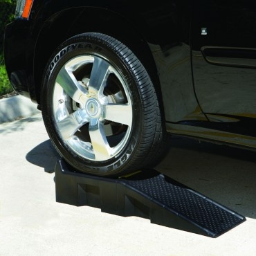 Magnum-16000 Auto Ramp Set with Built-In Safety Chock $39.99