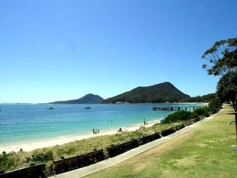 House Sitters Needed Dec 5, 2016 Short Term Salamander Bay NSW Australia