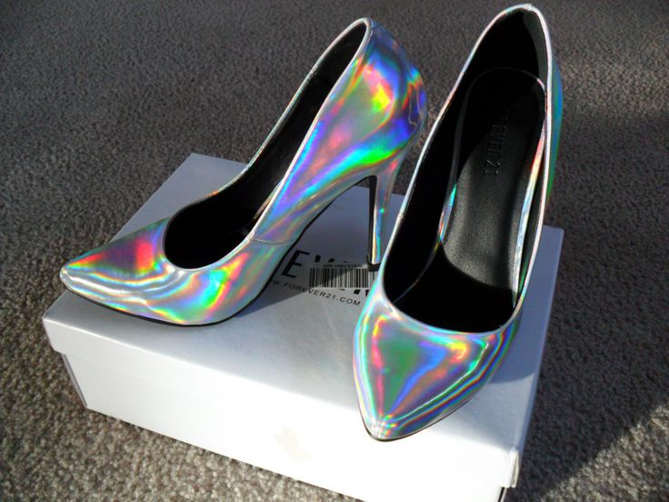 So gorgeous! #Holographic