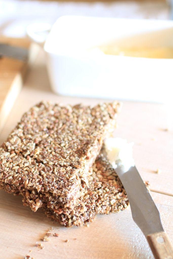 Pane degli Esseni a Basso Indice Glicemico è una ricetta Vegan, Raw (Crudista) e si può realizzare anche Senza Glutine. Gustosa e nutriente