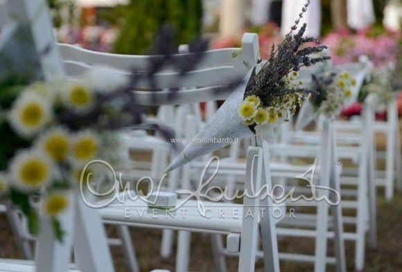 Weddings trend 2015. Matrimoni eco chic. Profumo di lavanda ed erbe aromatiche per le promesse d'amore. | Cira Lombardo Wedding Planner