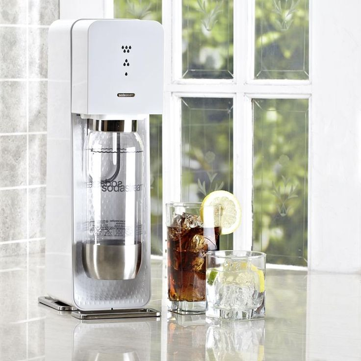 Simple, modern and easy to use. The Source Carbonating Machine turns tap water into sparkling soda and seltzer in seconds with no clean-up. The starter kit contains the Source soda maker plus 1 BPA-free reusable carbonating bottle with fizz-preserving closure and 1 x 60L CO2 carbonator