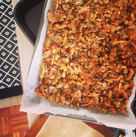 I Quit Sugar: Coco-nutty Granola I'm trying to pin it to win it