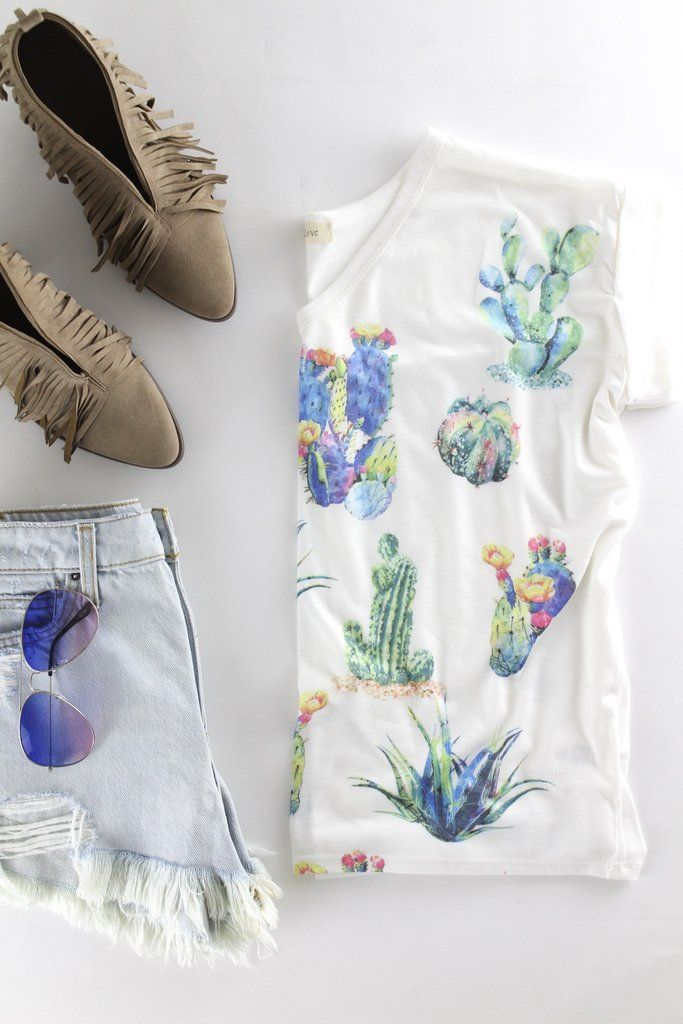 Watercolor Cactus Tee |The Rollin' J | casual cute summer outfits | boutique style| therollinj.com