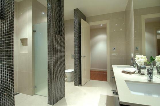 Nice highlight tile - dark navy or charcoal