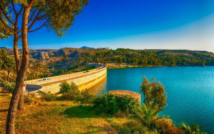 Πώς να περάσεις φίνα την άνοιξη στην Αθήνα - Greekguide.com