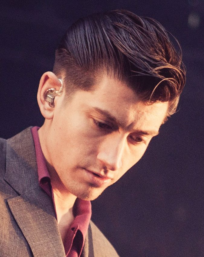 Alex Turner S Best Hairstyles 6 Ways To Look Like A Rockstar Men S Hairstyle Cool Hairstyles Cool Hairstyles For Men Mens Hairstyles