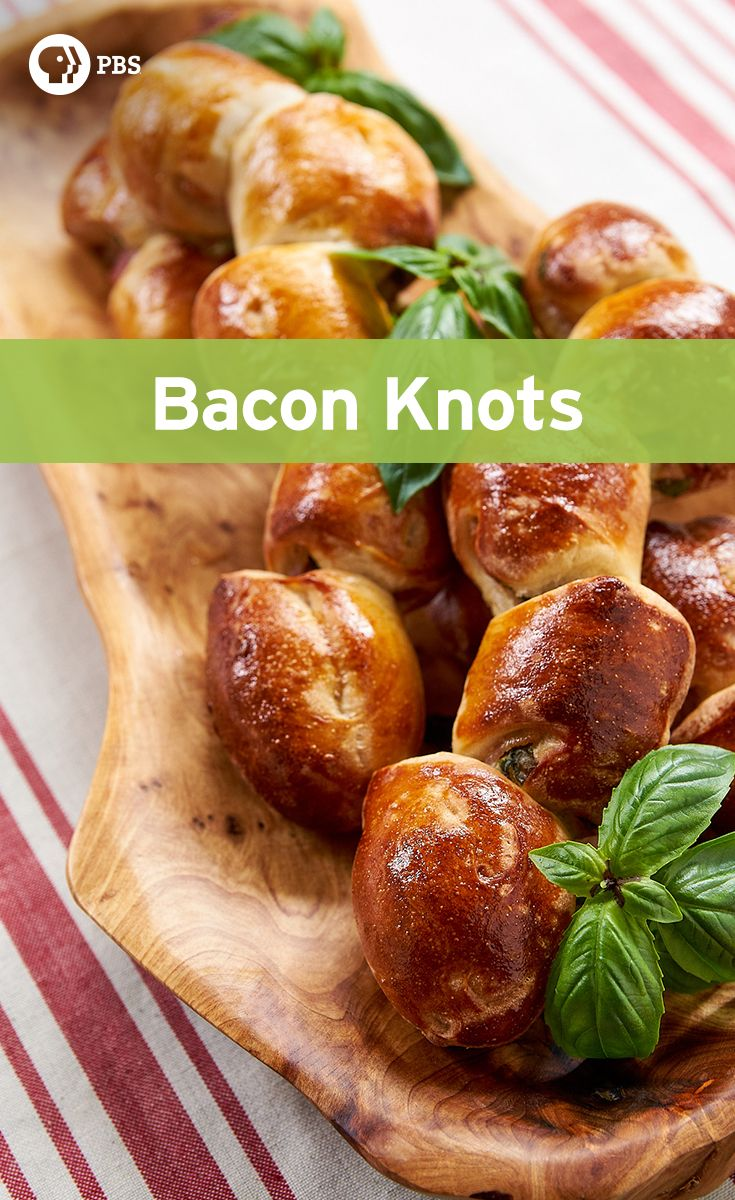 Whether you're planning a brunch party or you got invited to an office potluck, these simple bacon knots are a crowd-pleaser.