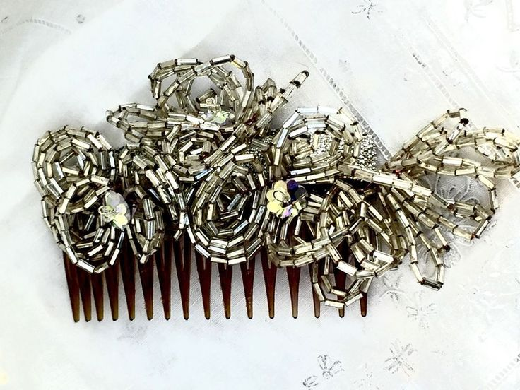 VTG FRENCH GLASS BEADED SILVER FASCINATOR HAIR COMB NOS #UnKNOWN