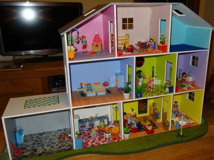 notre maison de playmobil doll house pinterest playmobil et photos. Black Bedroom Furniture Sets. Home Design Ideas