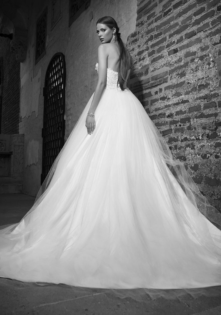 Fit for a modern-day fairytale, this sleeveless 2016 bridal ball gown creates the ultimate romantic silhouette, with design details that ensure you look and feel like a princess on your special day. See more of Addicted to White at our website www.biensavvy.eu or book an appointment for a showroom fitting at office@biensavvy.eu