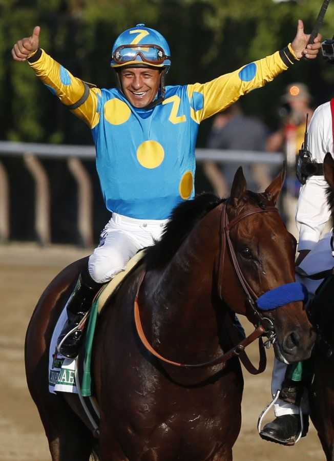 American Pharoah becomes first Triple Crown Winner in 37 years   Victor Espinoza