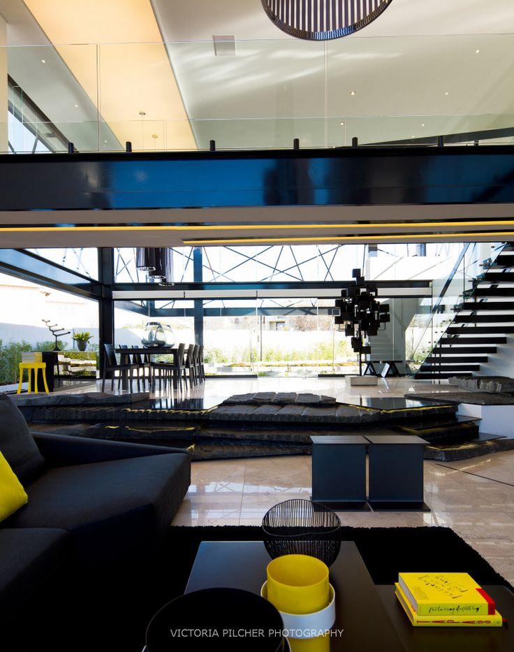Double volume living space House Ber - Nico van der Meulen Architects