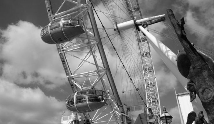 'London Eye', 2012. (ryanjhughes).