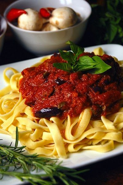 Italian Tagliarini Pasta With Mushrooms
