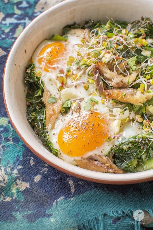 Eggs baked with kale and smoked mackerel | flymetothespoon