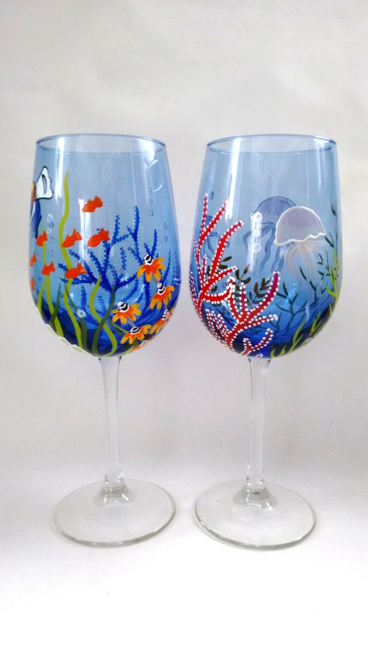 1000 images about painted glassware christmas on Images of painted wine glasses