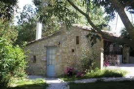 Een geweldig adresje in Frankrijk voor een vakantie met kinderen. Gites en tente de luxe, www.domaineenbirbes.com