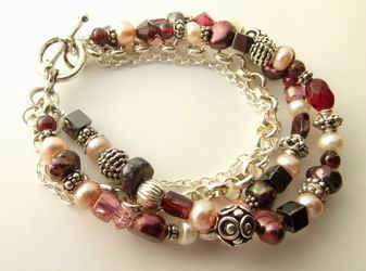 http://www.how-to-make-beaded-jewelry.com/multi-strand-bracelet.html