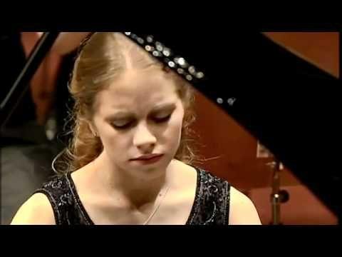 Julia Fischer performs Grieg Piano Concerto with Junge Deutsche Philharmonie,   Conductor: Matthias Pintscher