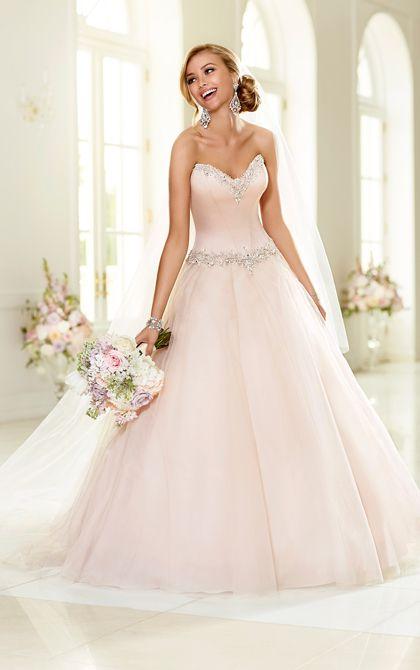 Abito da sposa in tulle rosa